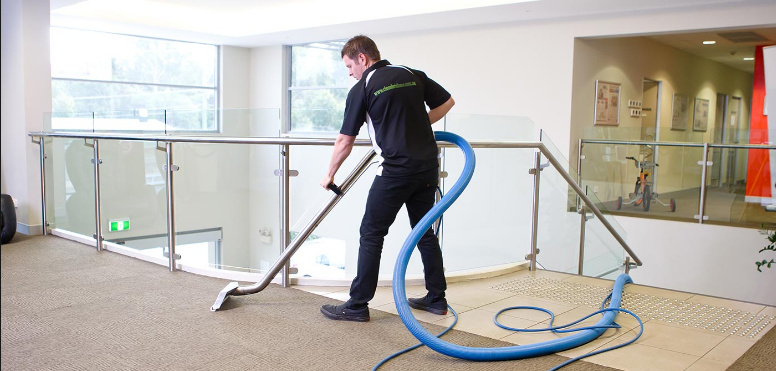 How To Get The Services Of Property Cleaning