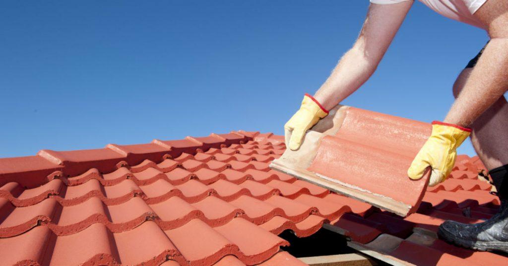 4 Top Roof Repairing Material and Their Lifespan