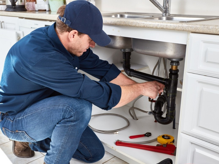 3 Key Advantages of Hiring Emergency Plumbers