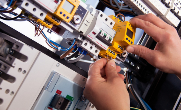 Preferring An Electrical Technician In Townsville Over DIY Techniques