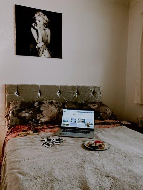 decorative pillows online