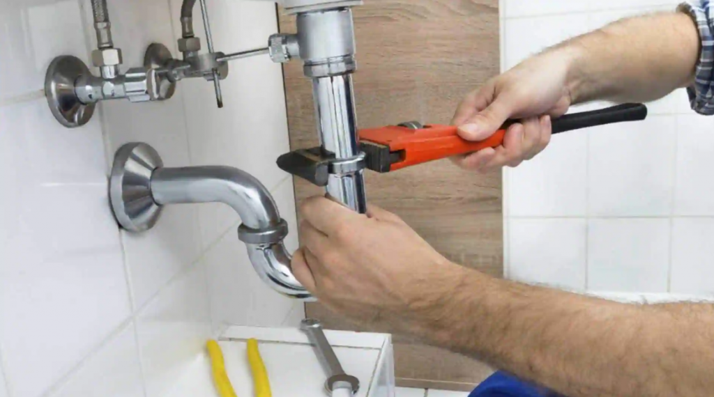 Benefits of Hiring a Local Plumber for Solving Plumbing Issues